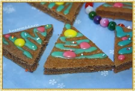 Новогоднее пирожное