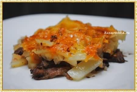 Мясо запеченное с картошкой и розмарином